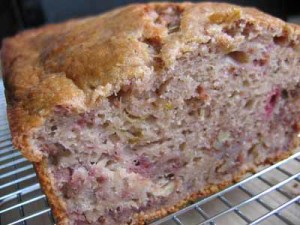 strawberryrhubarbbread