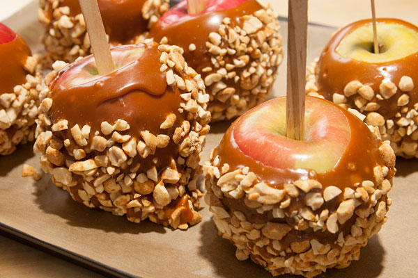 Old Fashion Scratch Caramel Apples Recipes Squared