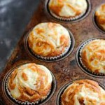 pumpkin-cream-cheese-swirl-muffins